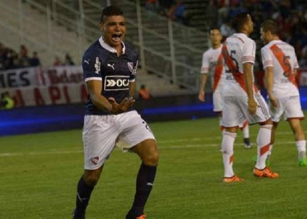 River Independiente 4